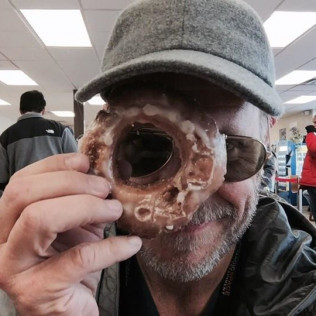 Alton Brown At Paula's Donuts!